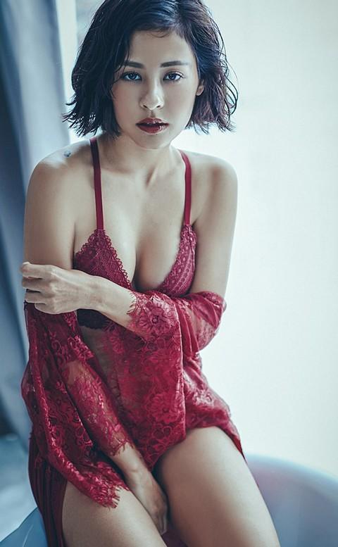 輕羽序章 柔嫩細緻睫毛蕾絲睡袍 FREE anSubRosa - 酒紅