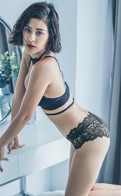 性感主宰  細緻歐式蕾絲內褲 M-L anSubRosa - 黑色