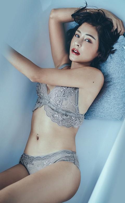 波本情調 胸前刺繡無襯成套內衣褲 S-XL anSubRosa - 灰色
