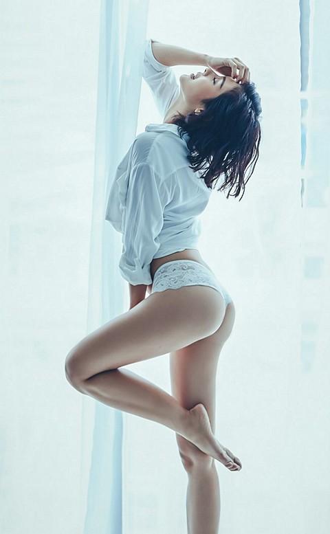 綺麗篇章 性感蕾絲丁字褲 M-L anSubRosa - 白色